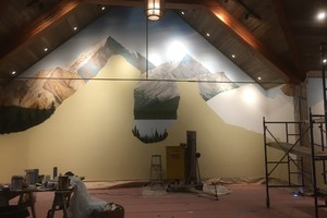 Indoor Taxidermy Trophy Room Mountain Build