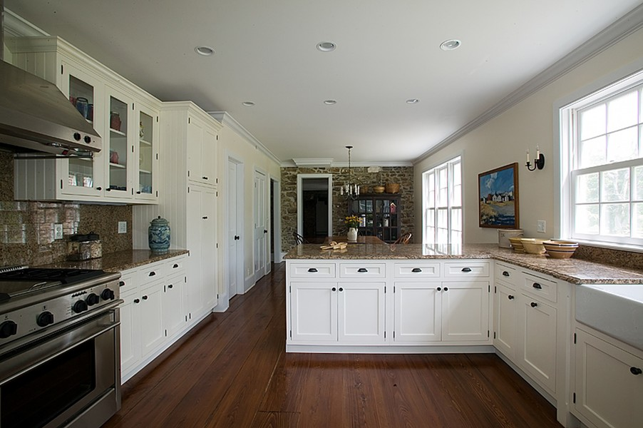 18th c farmhouse upper black eddy pa for Black hinges for kitchen cabinets