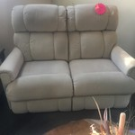 1-33554 Beige Reclining Loveseat