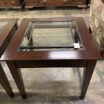 1-33514 End Table Glass/Wood