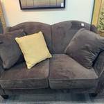 1-33730 Loveseat-Brown Velour