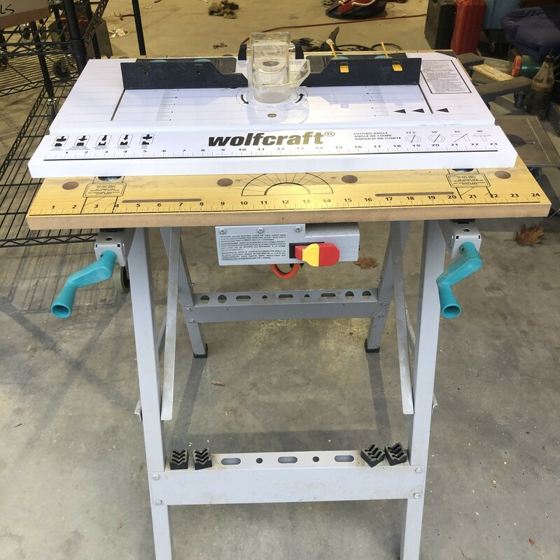 Folding Router Table.
