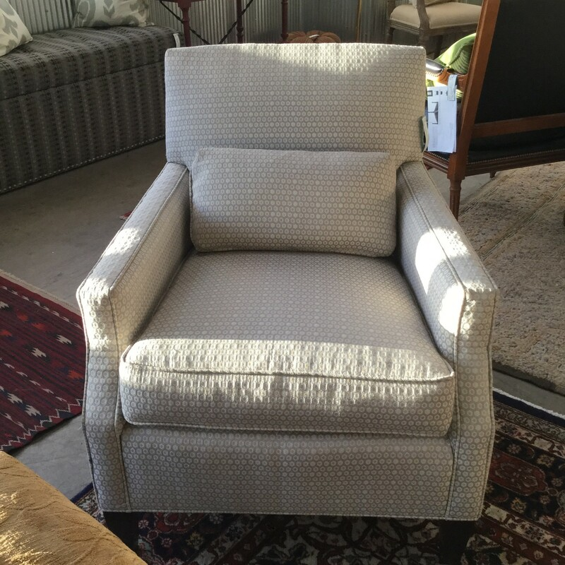 "Details Design Club Chair, Light Gray, Size: 27""X31""X32"""