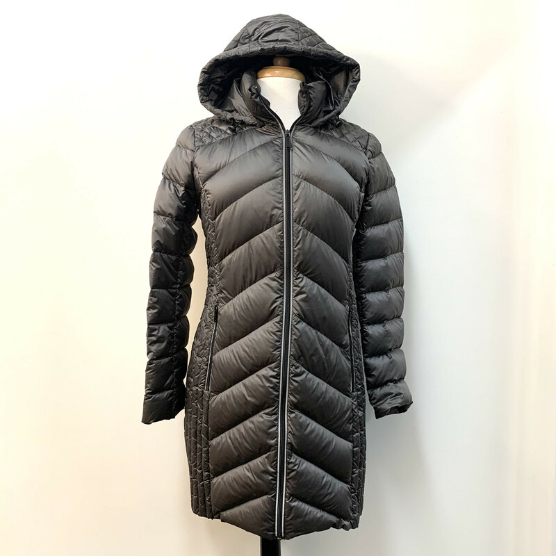 BCBGeneration Coat<br /> Packable Down<br /> Pewter<br /> Size: Medium