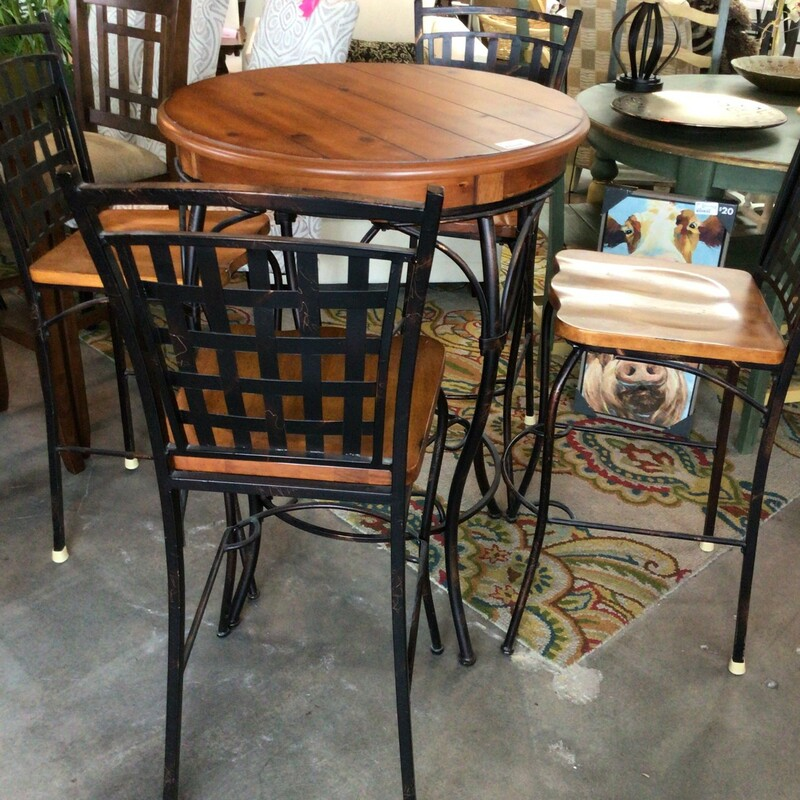 Pub Table W/ 4 Chairs.