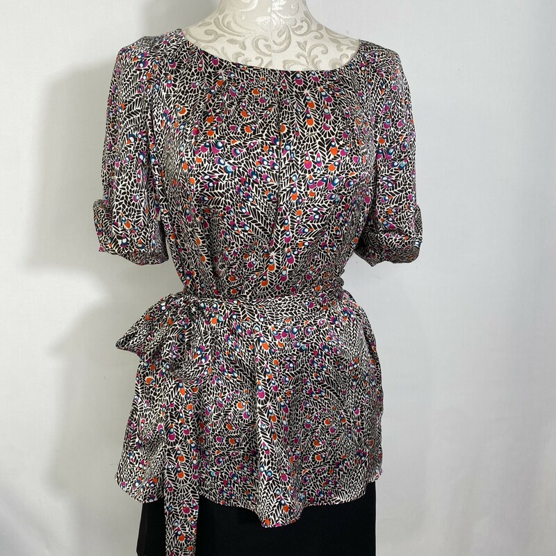 Lilly Pulitzer Short Slee, Brown, Size: 14 Patterned top with tie for waist 100% silk