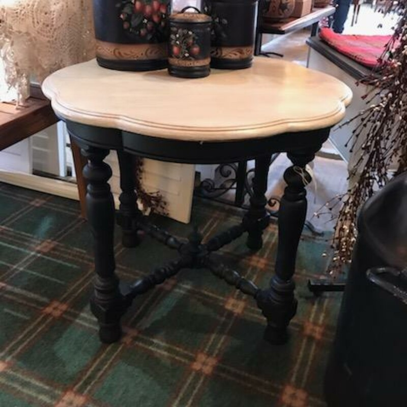 Black/Cream End Table.