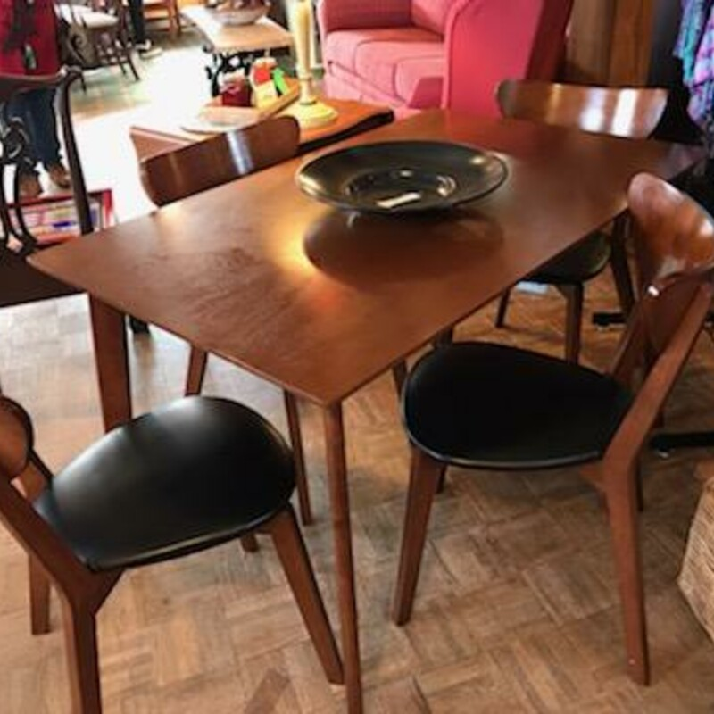 Mid Cent. Table & Chairs.
