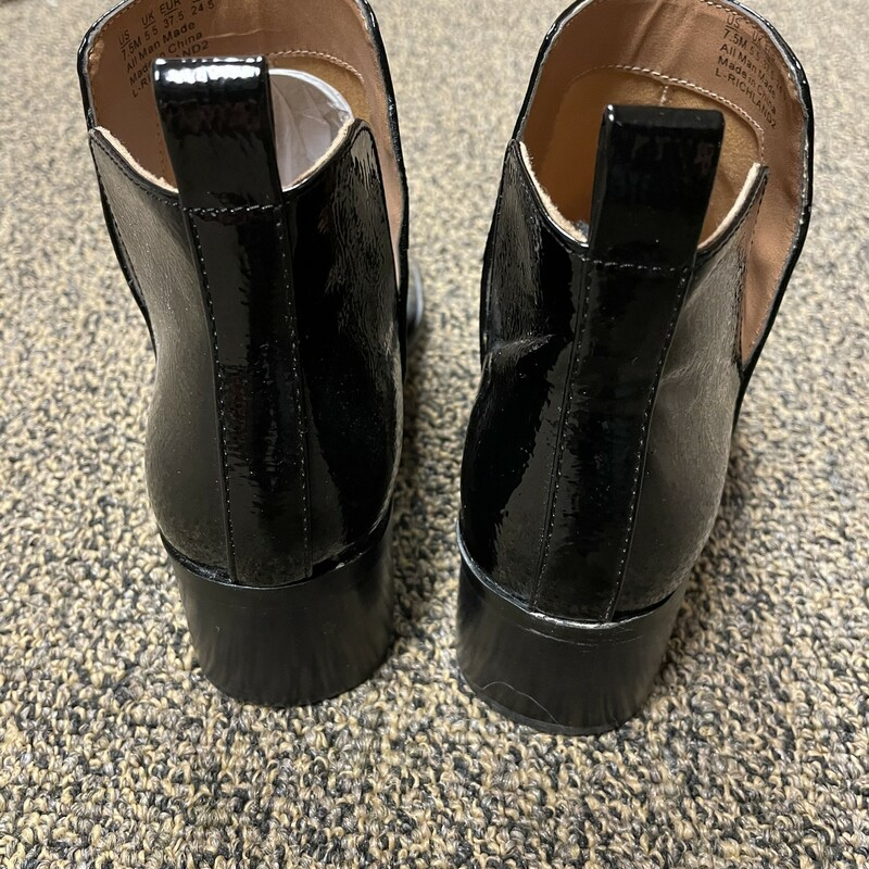 Patent Leather Bootie, Blk, Size: 7 1/2.  Fun slipon bootie in patent leather.  Nice stacked heel and comfy.  Can be worn with just about any outfit.