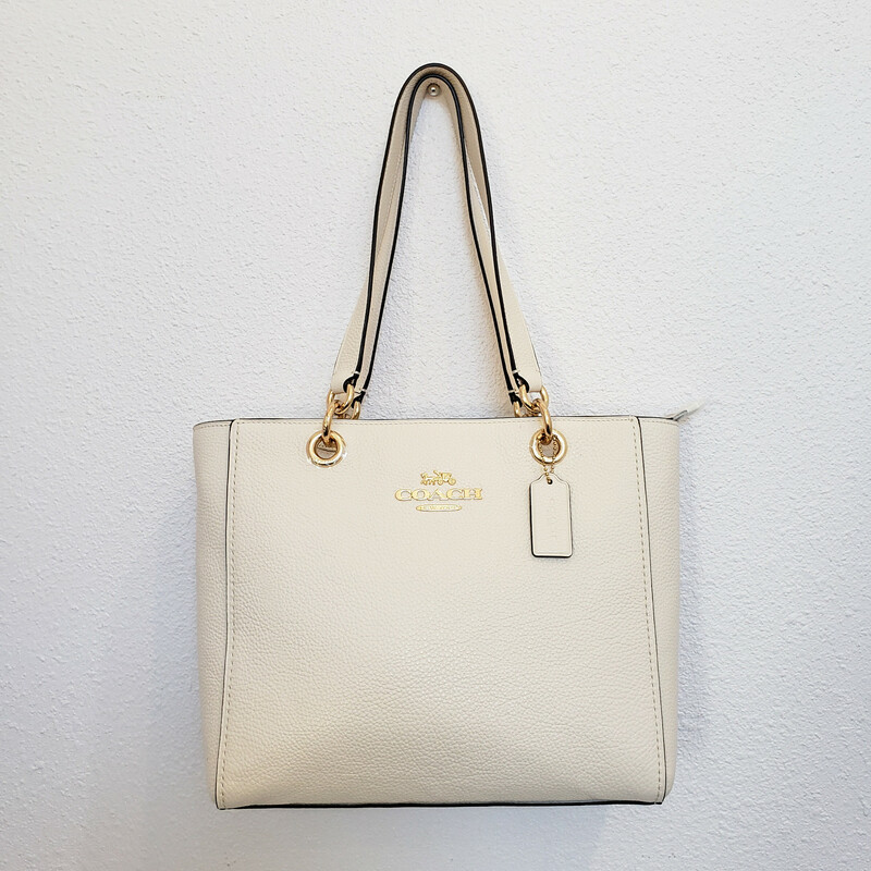 coach<br /> Heritage Tote<br /> NWT!<br /> $378<br /> Winter White