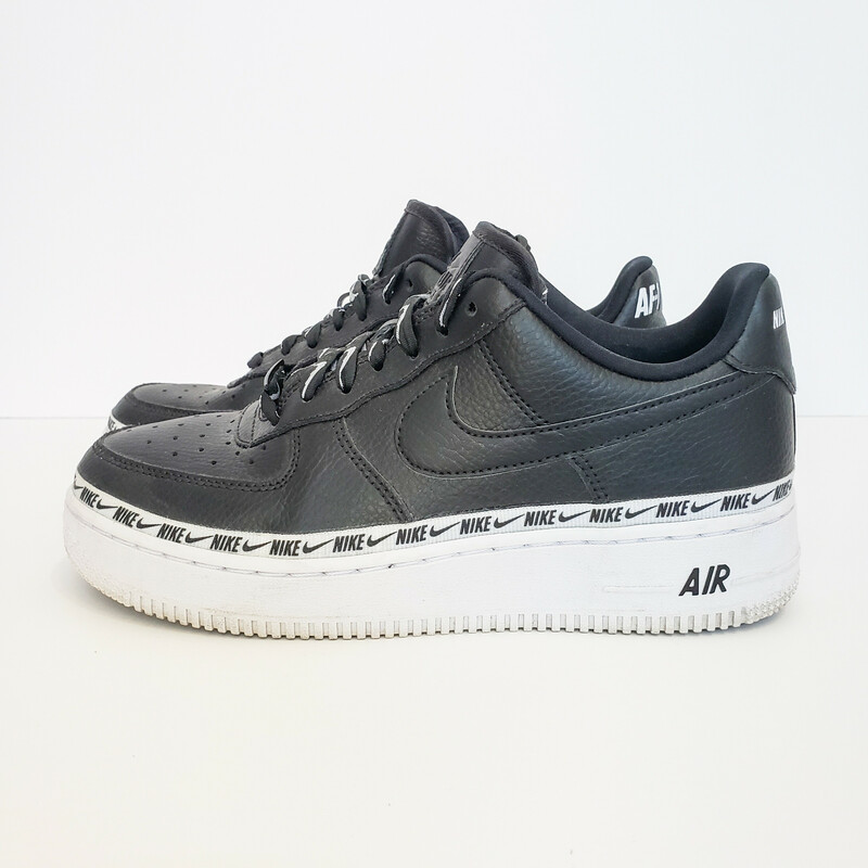 Nike Air Force 1.