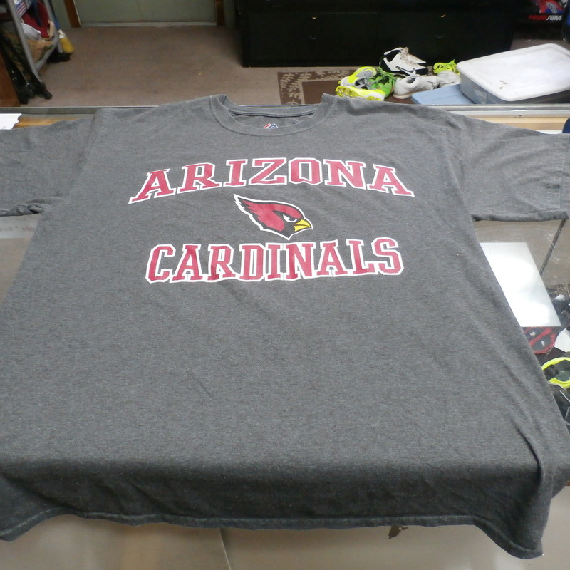 "Arizona Cardinals Majestic Men's Short Sleeve Shirt Size Large Gray #25881<br /> Rating: (see below) 3 - Good Condition<br /> Team: Arizona Cardinals<br /> Player: N/A<br /> Brand: Majestic<br /> Size: Large - Men's(Measured Flat: Across chest 24"", length 29"")<br /> Measured flat: armpit to armpit; top of shoulder to the hem<br /> Color: Gray<br /> Style: Short sleeve shirt; screen pressed shirt<br /> Material: 100% Cotton<br /> Condition: 3 - Good Condition - wrinkled; faded and discolored; pilling and fuzz; feels coarse; logo is cracked; material is stretched and worn; normal signs of wear; no stains rips or holes<br /> Item #: 25881<br /> Shipping: FREE"