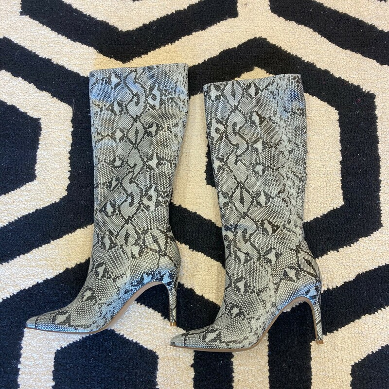 S. Madden Boot: Snake print boots in beautiful light blue with black.  Barely used.  This style is to die for! Size 8.5