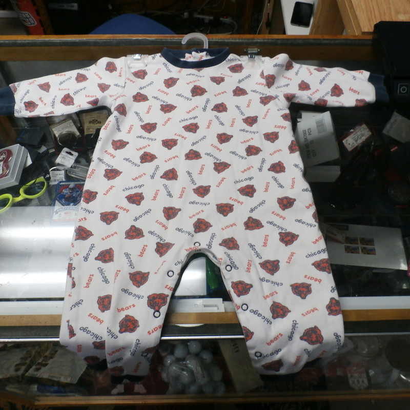 Chicago Bear YOUTH pajamas white size 24 Months 100% cotton #26070<br /> Rating: (see below) 3- Good Condition<br /> Team: n/a<br /> Player: n/a<br /> Brand: NFL<br /> Size: YOUTH 24 Months (Measured Flat: chest 13&quot;, length 24&quot;)<br /> Color: white<br /> Style: long sleeve; screen printed<br /> Material: 100% cotton<br /> Condition: 3- Good Condition; wrinkled; material is stretched and worn from wearing and washing; some pilling and fuzz; noticeable fading and discoloration; no rips or tears; light yellow stain at bottom of buttons on back (see photos)<br /> Item #: 26070<br /> Shipping: FREE