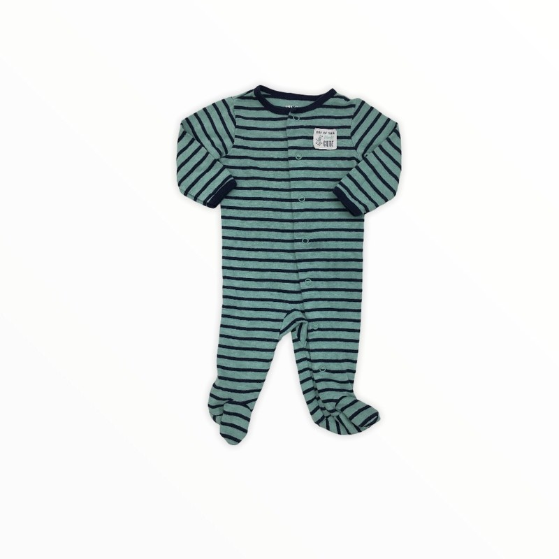 Sleeper, Boy, Size: 3m<br /> <br /> #resalerocks #carters #pipsqueakresale #vancouverwa #portland #reusereducerecycle #fashiononabudget #chooseused #consignment #savemoney #shoplocal #weship #keepusopen #shoplocalonline #resale #resaleboutique #mommyandme #minime #fashion #reseller                                                                                                                                      Cross posted, items are located at #PipsqueakResaleBoutique, payments accepted: cash, paypal & credit cards. Any flaws will be described in the comments. More pictures available with link above. Local pick up available at the #VancouverMall, tax will be added (not included in price), shipping available (not included in price), item can be placed on hold with communication, message with any questions. Join Pipsqueak Resale - Online to see all the new items! Follow us on IG @pipsqueakresale & Thanks for looking! Due to the nature of consignment, any known flaws will be described; ALL SHIPPED SALES ARE FINAL. All items are currently located inside Pipsqueak Resale Boutique as a store front items purchased on location before items are prepared for shipment will be refunded.