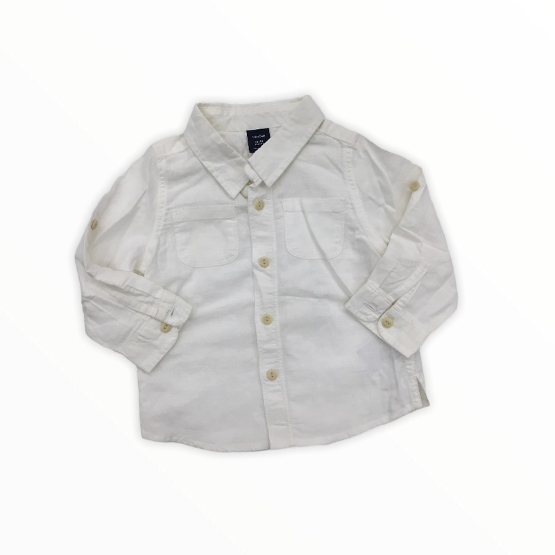 Long Sleeve Shirt, Boy, Size: 18/24m<br /> <br /> #resalerocks #gap #pipsqueakresale #vancouverwa #portland #reusereducerecycle #fashiononabudget #chooseused #consignment #savemoney #shoplocal #weship #keepusopen #shoplocalonline #resale #resaleboutique #mommyandme #minime #fashion #reseller                                                                                                                                      Cross posted, items are located at #PipsqueakResaleBoutique, payments accepted: cash, paypal & credit cards. Any flaws will be described in the comments. More pictures available with link above. Local pick up available at the #VancouverMall, tax will be added (not included in price), shipping available (not included in price), item can be placed on hold with communication, message with any questions. Join Pipsqueak Resale - Online to see all the new items! Follow us on IG @pipsqueakresale & Thanks for looking! Due to the nature of consignment, any known flaws will be described; ALL SHIPPED SALES ARE FINAL. All items are currently located inside Pipsqueak Resale Boutique as a store front items purchased on location before items are prepared for shipment will be refunded.