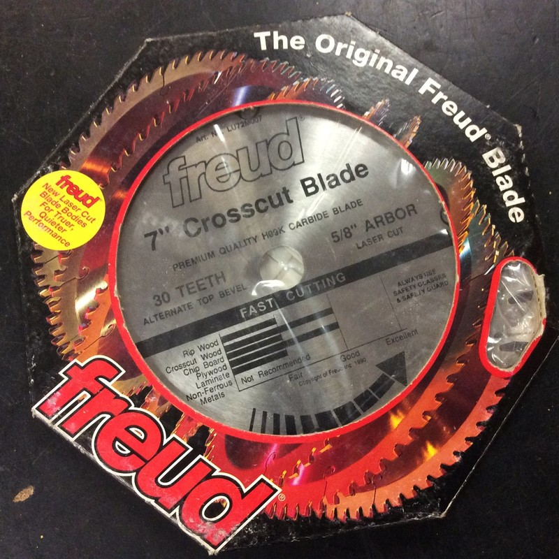 Freud LU72M007 7-Inch 30 Teeth Cross Cut Saw Blade<br /> <br /> *NEW*