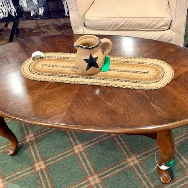 Oval Qn Anne Coffee Table.