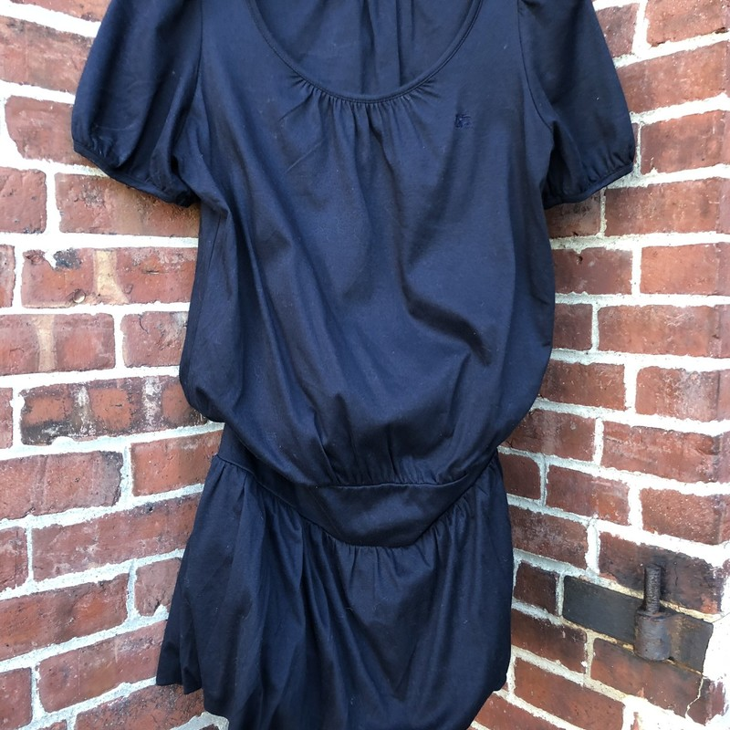 Burberry Blue Label Dress, Black, Size: Small<br /> excellent condition lined black dress from the Japanese Burberry Brand.