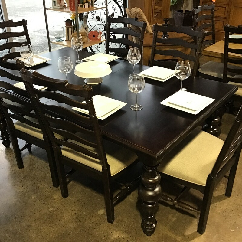 "Are you looking to update your dining space? Take a look at this Paula Deen Dining Table and 6 chairs! The legs on this table are GORGEOUS!!! The table top does have some scratches from previous use, but there is still TONS of life left in this set! The 6 chairs have a beautiful oatmeal upholstery and are in excellent condition! There is no leaf with this table.<br /> Dimensions are 75"" x 44"" x 30"""