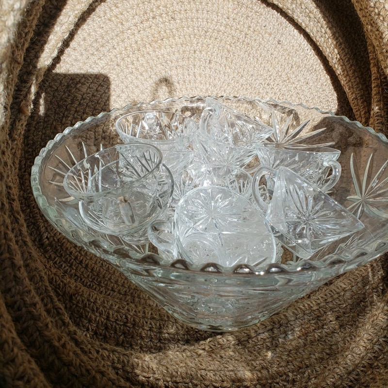 Glass Punch Bowl W. Glass, Clear, Size: SET
