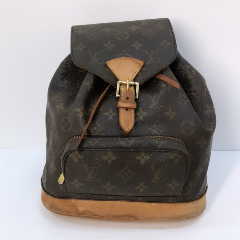 Louis Vuitton Monogram.