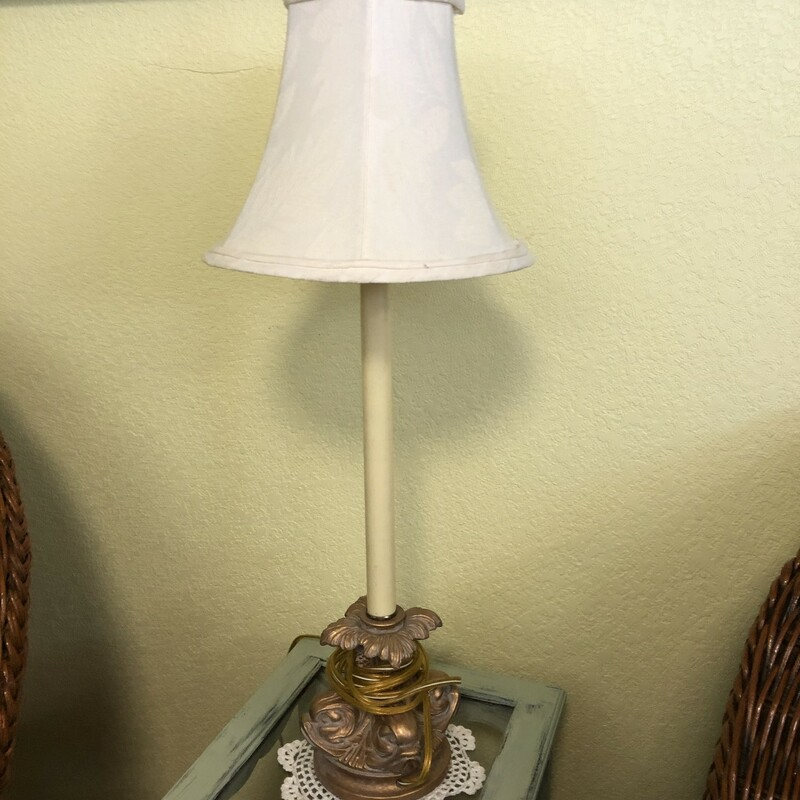 Candlesticks Lamp.