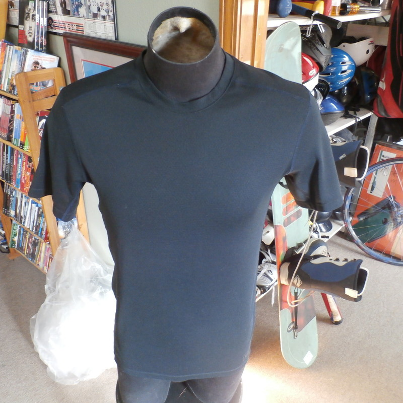 "REI black athletic shirt size medium 100% polyester #26492<br /> Rating: (see below) 2- Great Condition<br /> Team: n/a<br /> Player: n/a<br /> Brand: REI<br /> Size: Men's Medium- (Measured Flat: chest 20"", length 26"")<br /> Color: black<br /> Style: short sleeve; screen printed<br /> Material: 100% polyester<br /> Condition: 2- Great Condition: gently used; minor discoloration (see photos)<br /> Item #: 26492<br /> Shipping: FREE"