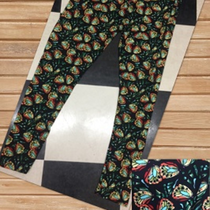 Check out our new arrived Butterfly Print Leggings, they are so cute and you can wear them all year round. Christmas is coming up right around the corner and these will make a perfect gift. The material is made of 92% Polyester 8% Spandex with an inseam of 29in.