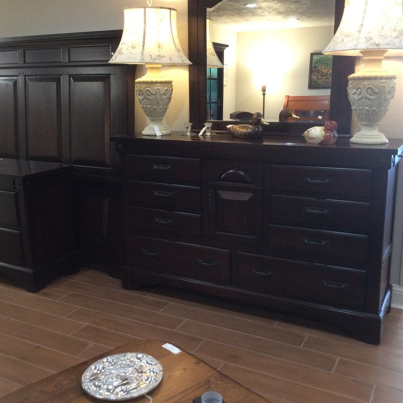 This queen bedroom set is from GALLERY FURNITURE. The set appears to be solid wood and includes a panel-style queen-sized bed, a 2-drawer nightstand, a large 8-drawerd dresser and a mirror. All you need is your mattress and box spring!
