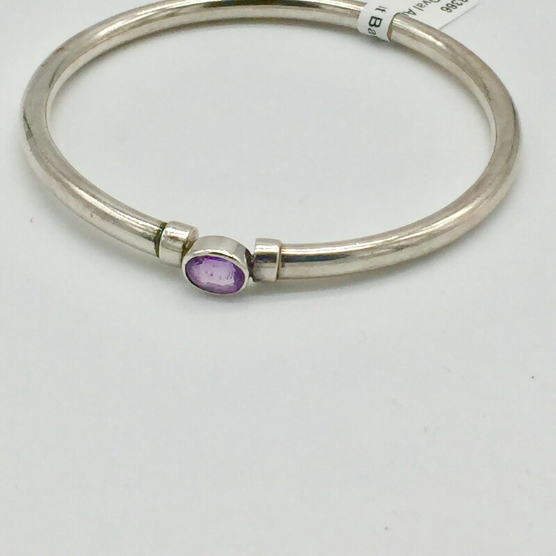 STERLING SILVER<br /> WEIGHT 8.8 DWT<br /> <br /> SS OVAL AMETHYST BANGLE BRACELET