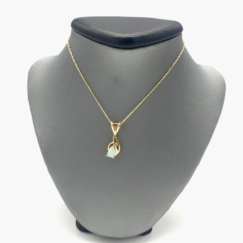 "14KT YELLOW GOLD<br /> PEAR SHAPE OPAL WITH 1 DIAMOND ACCENT ON PENDANT. 18"" CHAIN"