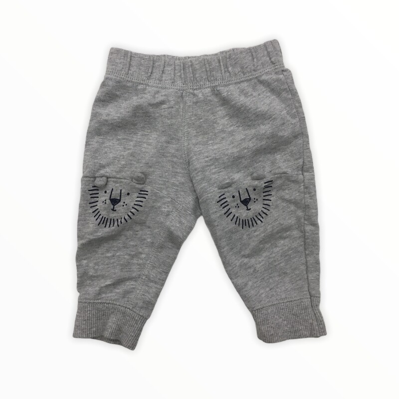 Pants, Boy, Size: 6m<br /> <br /> #resalerocks #carters #pipsqueakresale #vancouverwa #portland #reusereducerecycle #fashiononabudget #chooseused #consignment #savemoney #shoplocal #weship #keepusopen #shoplocalonline #resale #resaleboutique #mommyandme #minime #fashion #reseller                                                                                                                                      Cross posted, items are located at #PipsqueakResaleBoutique, payments accepted: cash, paypal & credit cards. Any flaws will be described in the comments. More pictures available with link above. Local pick up available at the #VancouverMall, tax will be added (not included in price), shipping available (not included in price), item can be placed on hold with communication, message with any questions. Join Pipsqueak Resale - Online to see all the new items! Follow us on IG @pipsqueakresale & Thanks for looking! Due to the nature of consignment, any known flaws will be described; ALL SHIPPED SALES ARE FINAL. All items are currently located inside Pipsqueak Resale Boutique as a store front items purchased on location before items are prepared for shipment will be refunded.