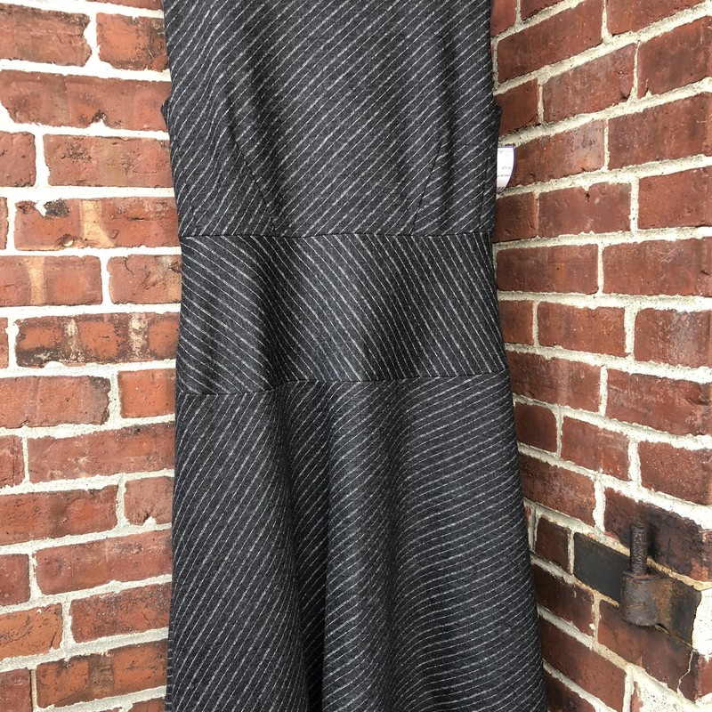 MM. Lafleur NY Dress, Gray, Size: 8<br /> Lalined wool. Layer this over a collared shirt
