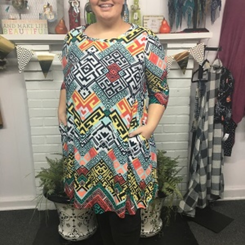 Check out our new arrived SS Geo Print With Pockets Dress, it is absolute gorgeous. You can wear these to any occasion and they would also make a perfect gift! The material is made of 95% Polyester 5% Spandex 37.5in.