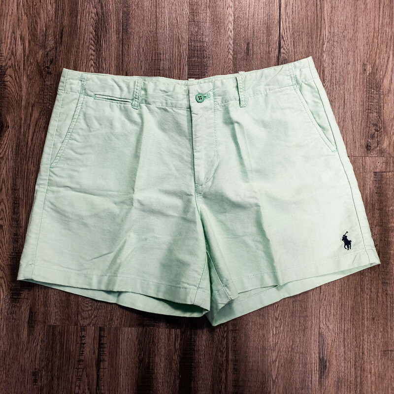 Beautiful Ralph Lauren Sport Shorts.<br /> - Mint color<br /> - Real front and back pockets<br /> - Waist circumference: 34 in.<br /> - Length: 14 in.<br /> - Size Large/12<br /> <br /> * Please note that these measurements and pictures are for reference only and may vary slightly from the original.