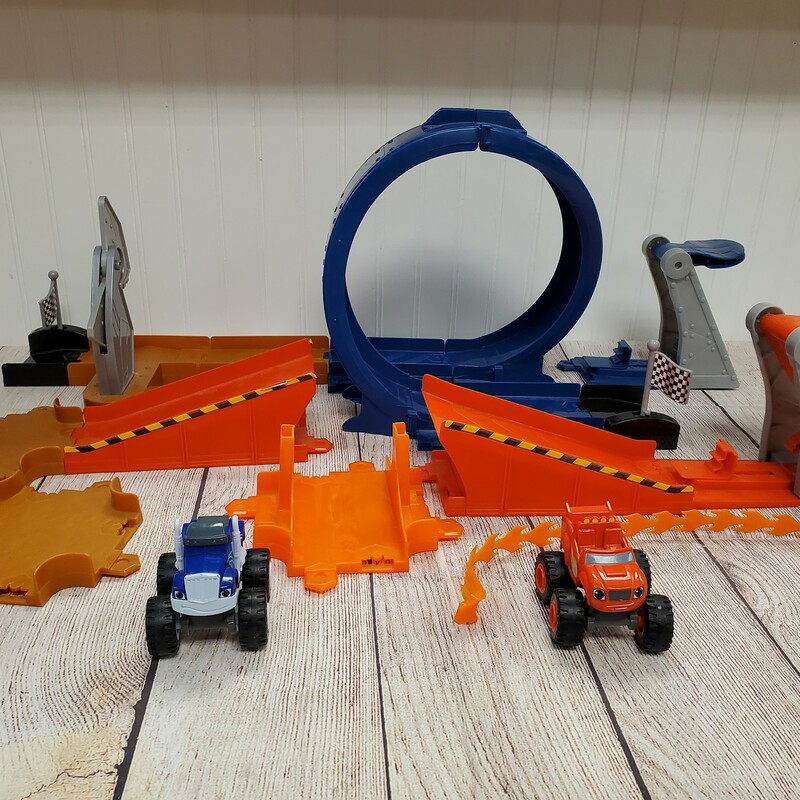 Blaze & the Monster Machines Monster Dome Playset