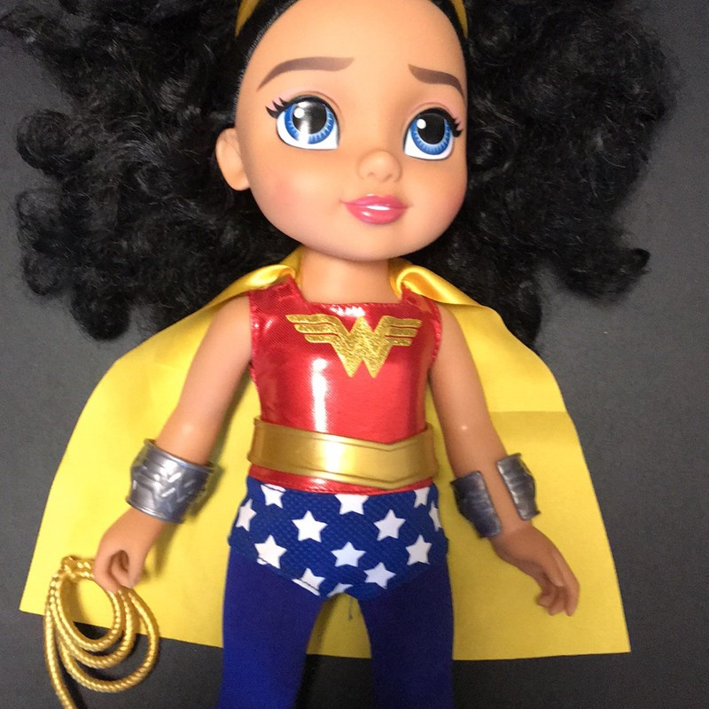 Wonder Woman Doll, in excellent condition