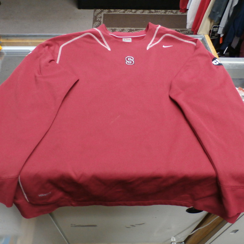 "Sanford Cardinals Tostitos Fiesta Bowl Nike Men's ThermaFIT Sweatshirt XL #27382<br /> Rating: (see below) 2 - Great Condition<br /> Team: Stanford Cardinal<br /> Player: N/A<br /> Brand: Nike<br /> Size: XL - Men's(Measured Flat: Across chest 26"", length 30"")<br /> Color: Red<br /> Style: embroidered sweatshirt; FitDRY<br /> Material: 100% Polyester<br /> Condition: 2 - Great Condition - wrinkled; material looks and feels great; clean and crisp; lightly use; few very light stains; some random snags; normal signs of use<br /> Item #: 27382<br /> Shipping: FREE"