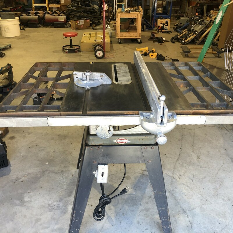 10 In. Table Saw.