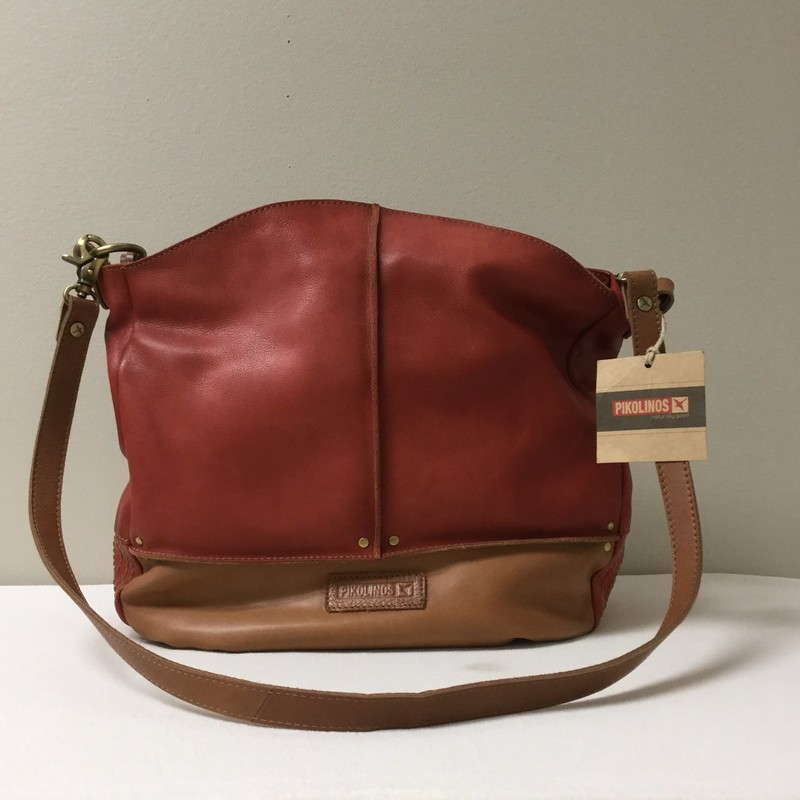 Pikolinos One Strap Semi-Messenger<br /> Size M/L<br /> Rust/Tan<br /> $118.00