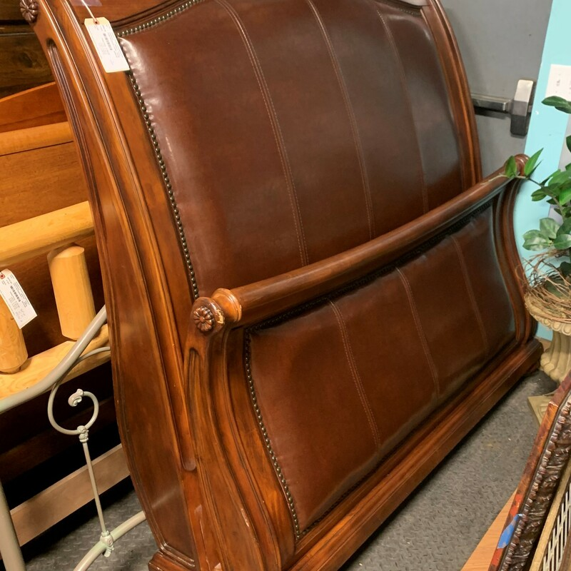 Sleigh Bed Brown Leather.