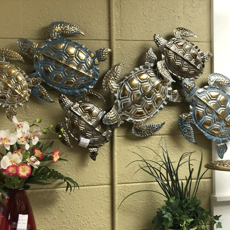 6 Metal Turtle Swimming.