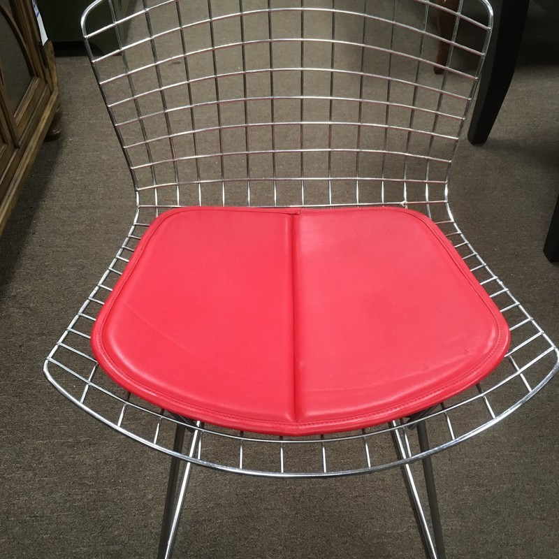 Knoll Style Wire Mesh Chair<br /> <br /> set of 4 - $99.99 ea