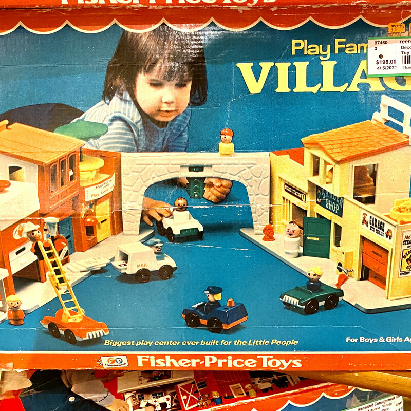 Toy Family Village.