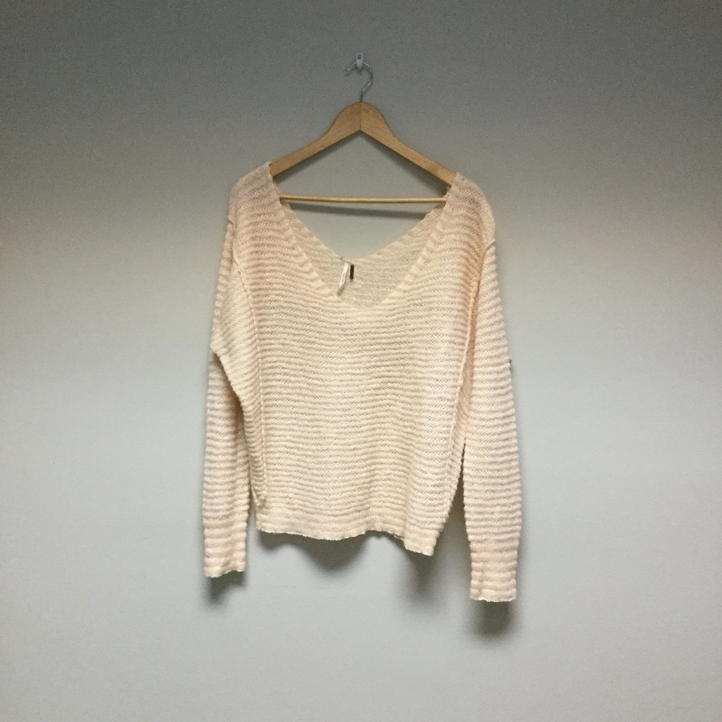 Free People Sweater<br /> Size L<br /> Light Pink/White<br /> $25.00