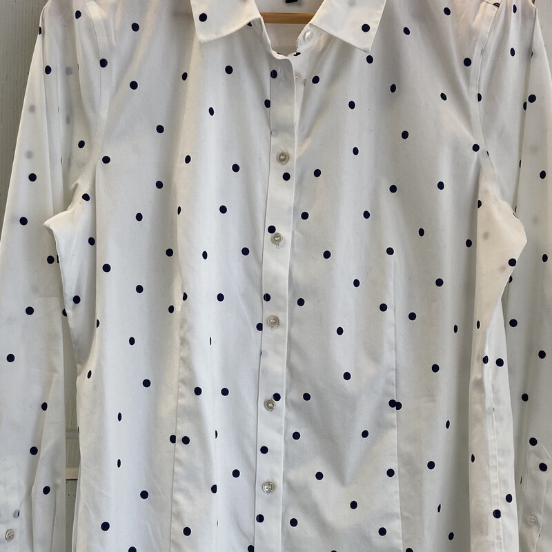 Wht/nvy Polka Dot Button.