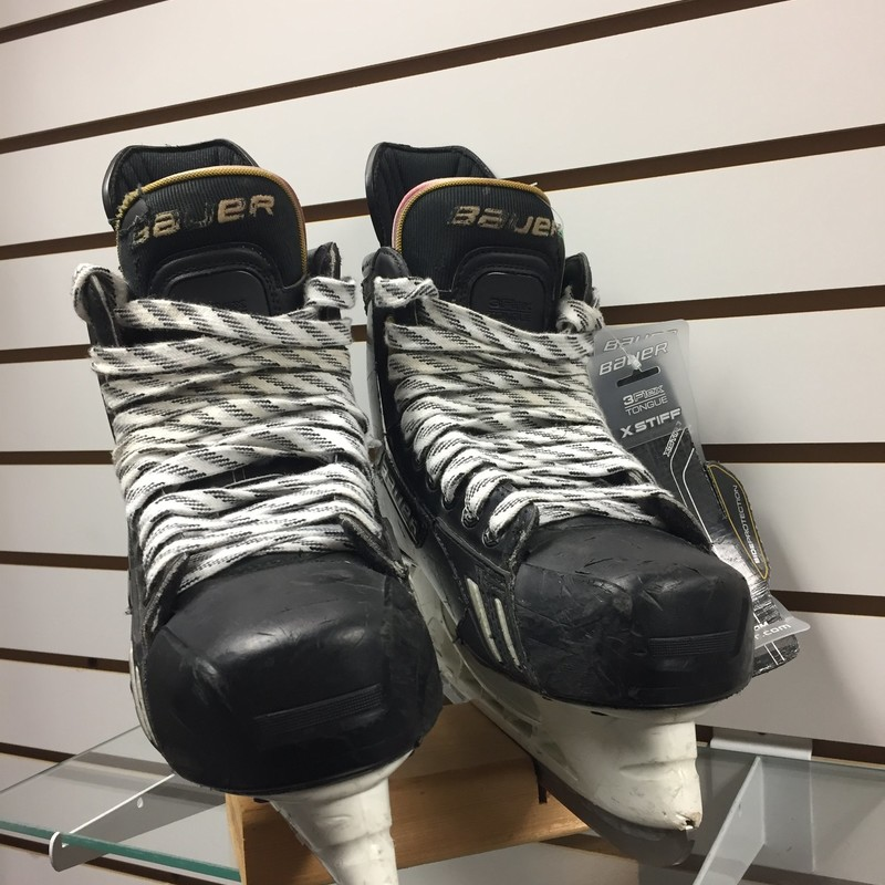 Bauer Supreme TotalOne NXG, Hockey skates, Size: 9<br /> comes with 3 different tongue inserts for different flex, Mid, Stiff, &amp; X-Stiff options.