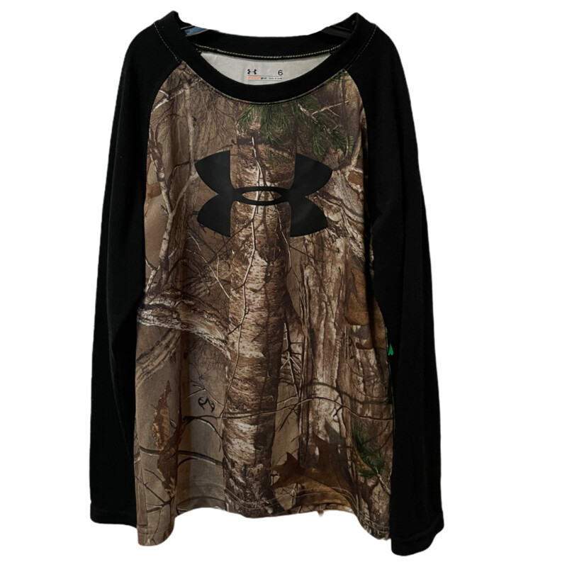 -Under Armour<br /> -Camo<br /> -Black sleeves<br /> -Size 6