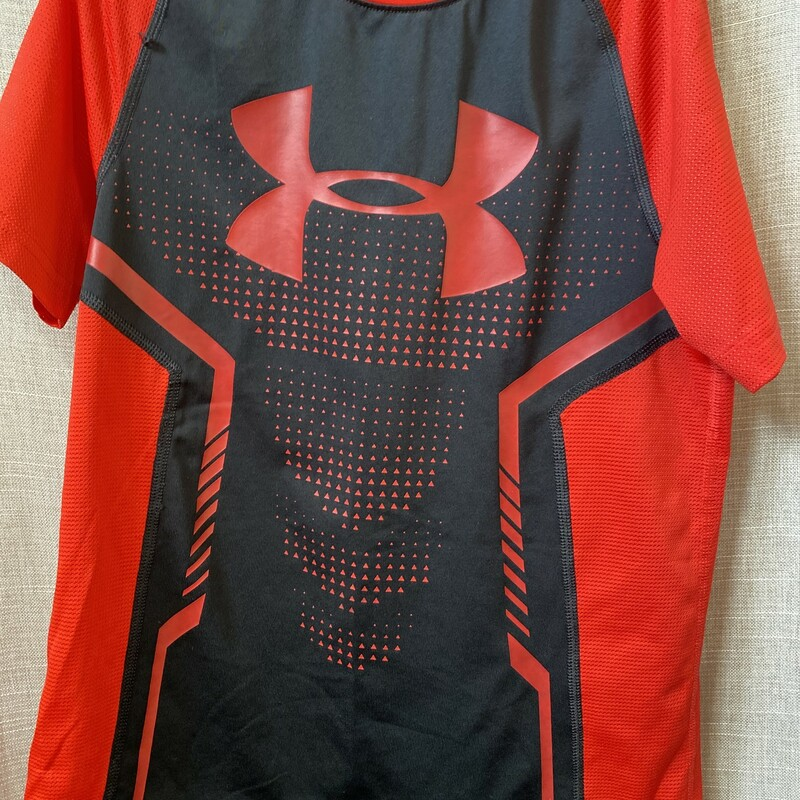 Under Armour, Red Blac, Size: 14/16